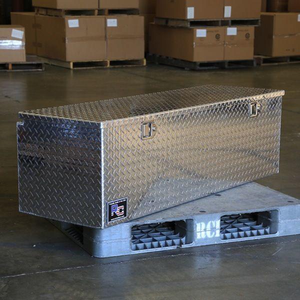g series diamond plate truck tool box